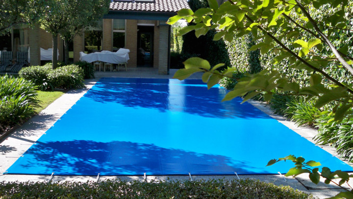 Inicio iber coverpool for Piscina hinchable cuadrada