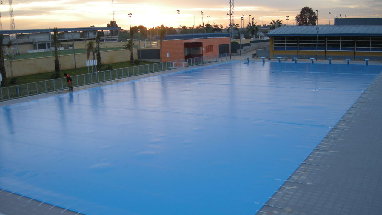 Cobertor de protección de piscina pública forma cuadrada - Iber Coverpool