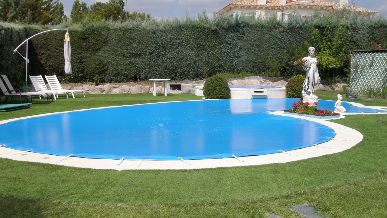 Cobertor de protección de piscina familiar irregular - Iber Coverpool
