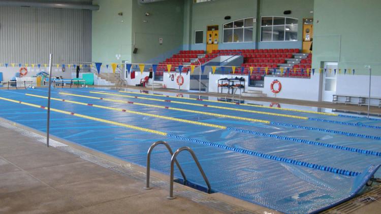 Cobertor solar térmico piscina pública - Iber Coverpool
